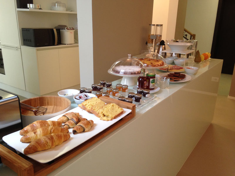 Vojagon Borgoleoni18 colazione sala comune breakfast