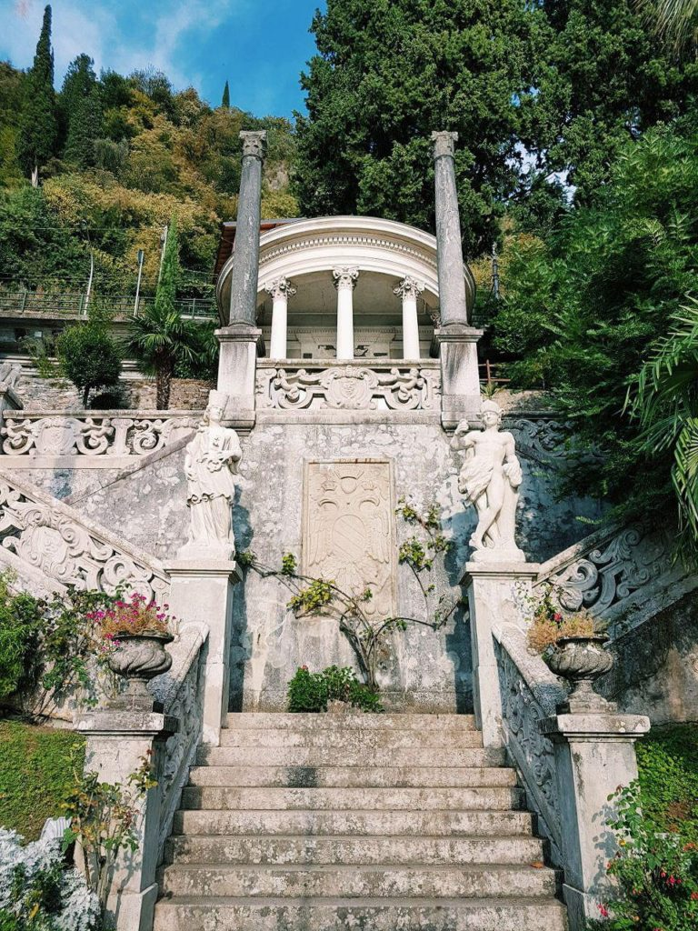 giardini villa monastero varenna italy