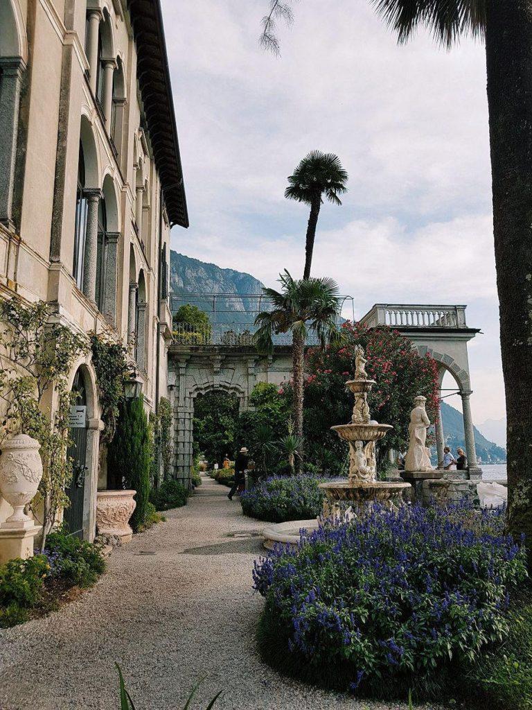 giardini villa monastero varenna italia lago di como