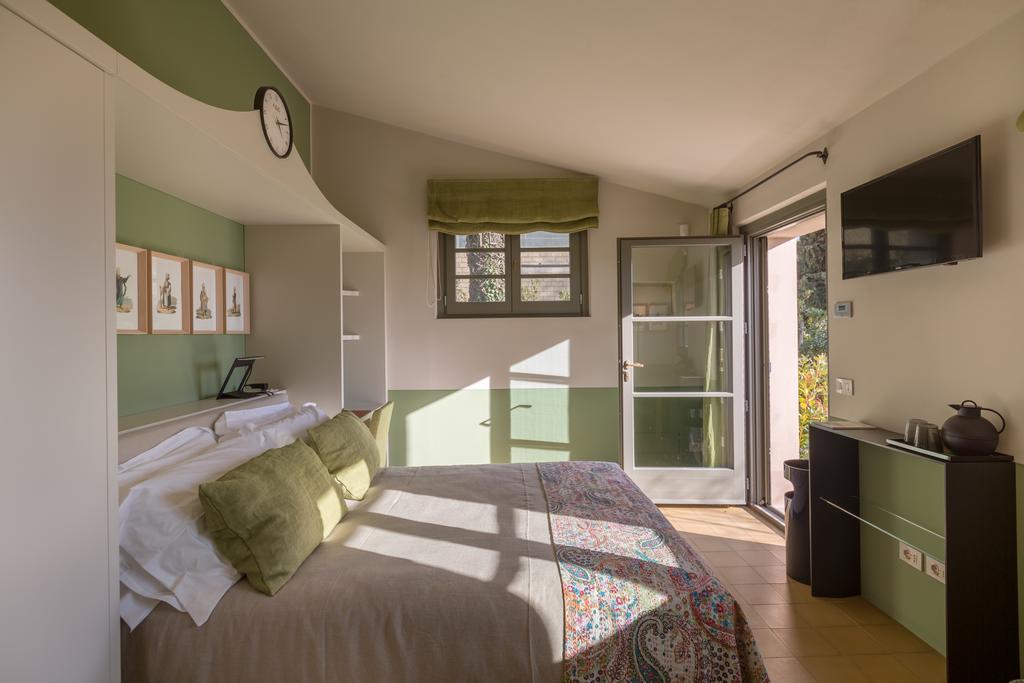 a440 in tuscany vojagon bedroom monticchiello pienza