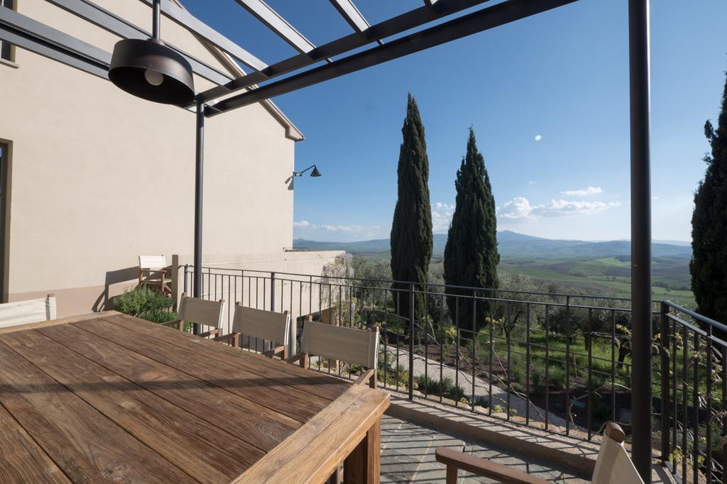 a440 in tuscany vojagon contiental breakfast Pienza