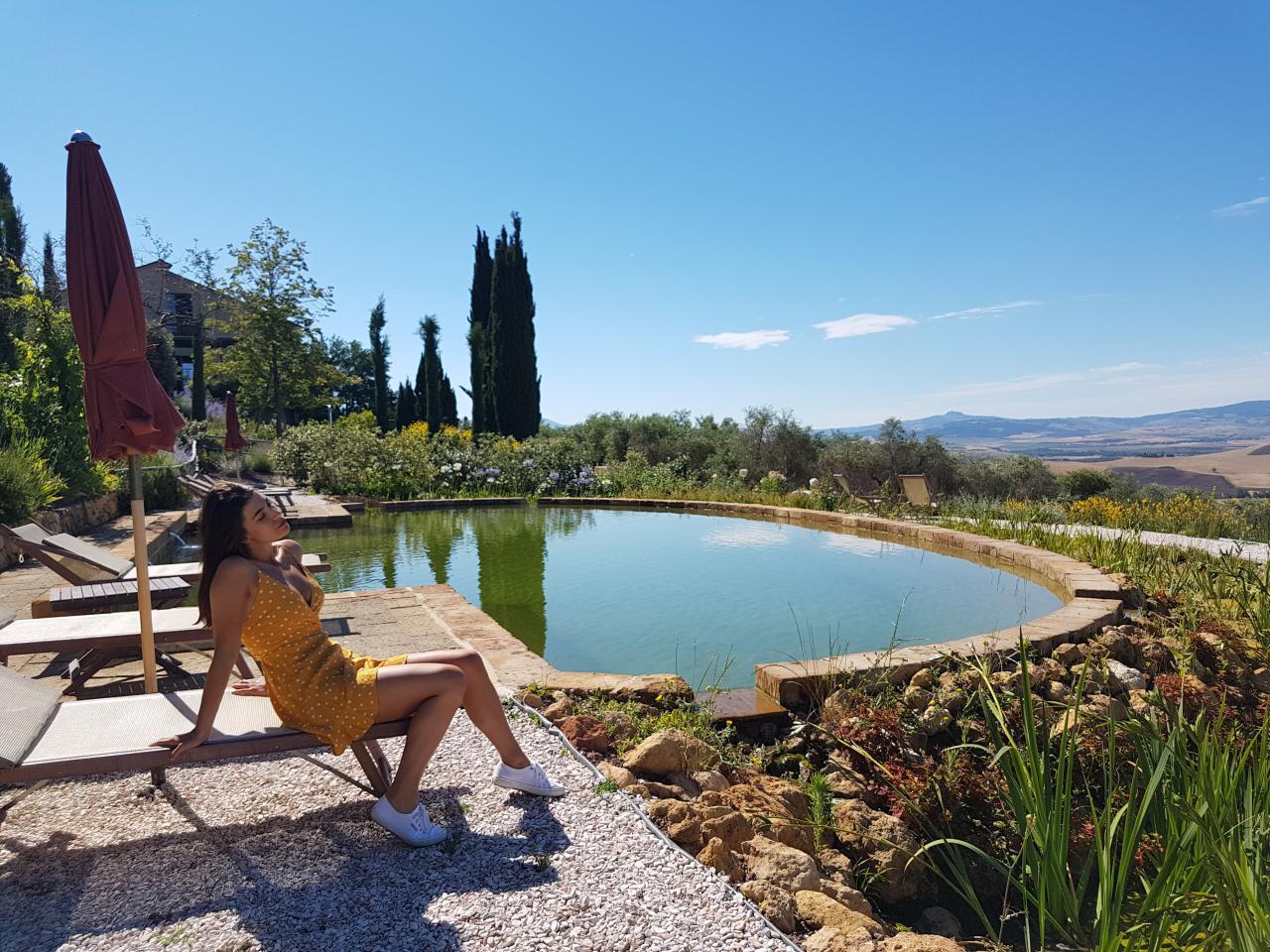 a440 in tuscany vojagon piscina esterna val d'orcia