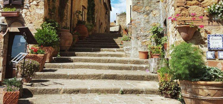 cosa vedere a pienza e dintorni vojagon italy italian landscapes