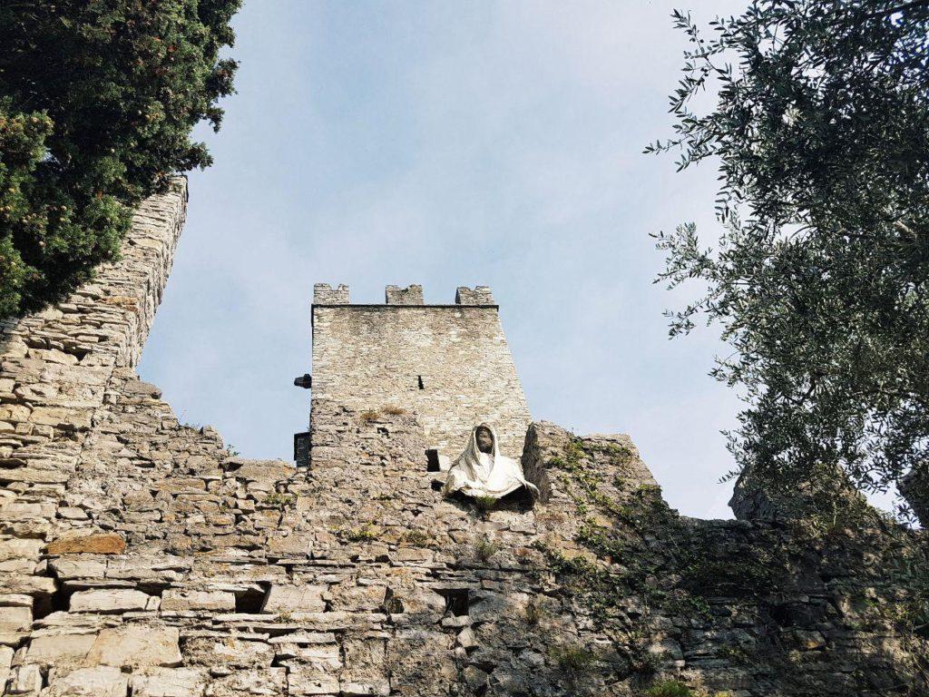 castello di vezio ghosts fantasmi varenna