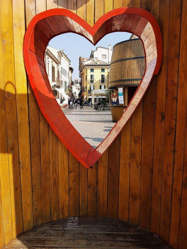 lazise e bardolino vojagon città del vino centro storico
