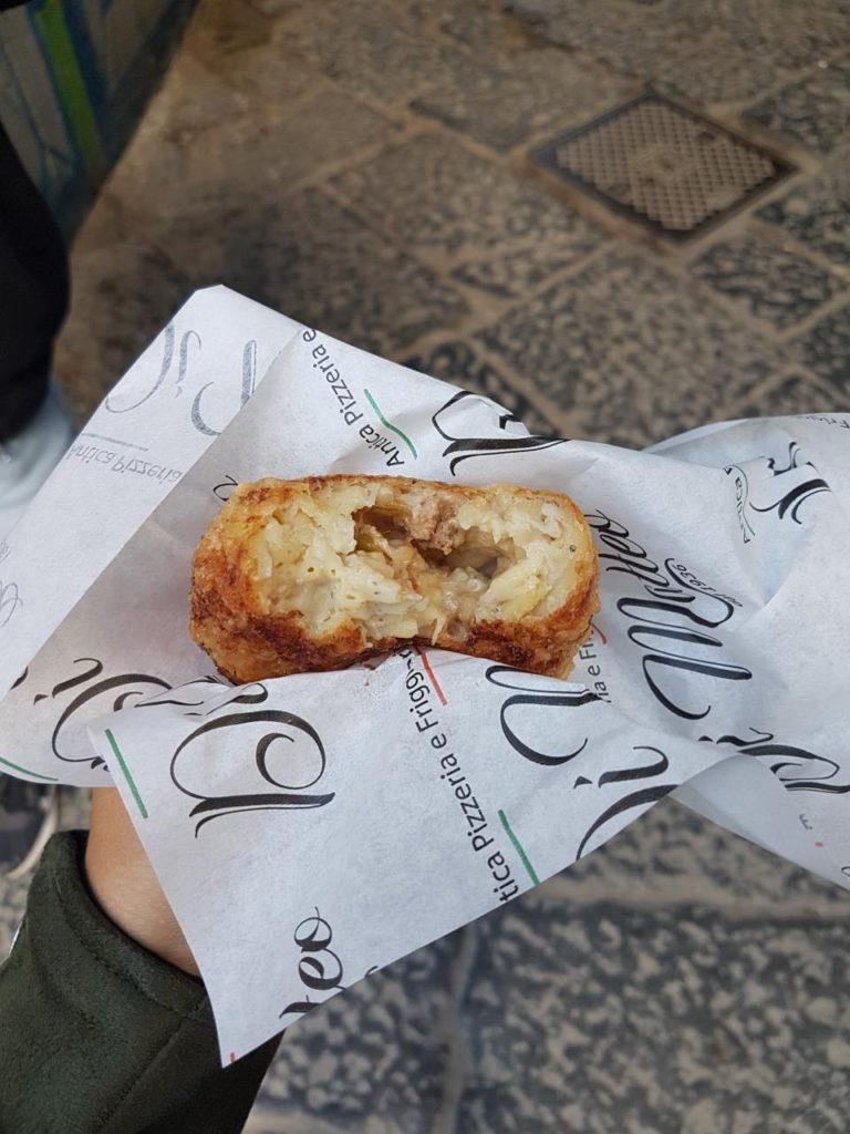 frittatina di matteo street food napoli via dei tribunali vojagon