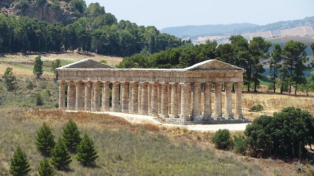 templi greci in italia segesta